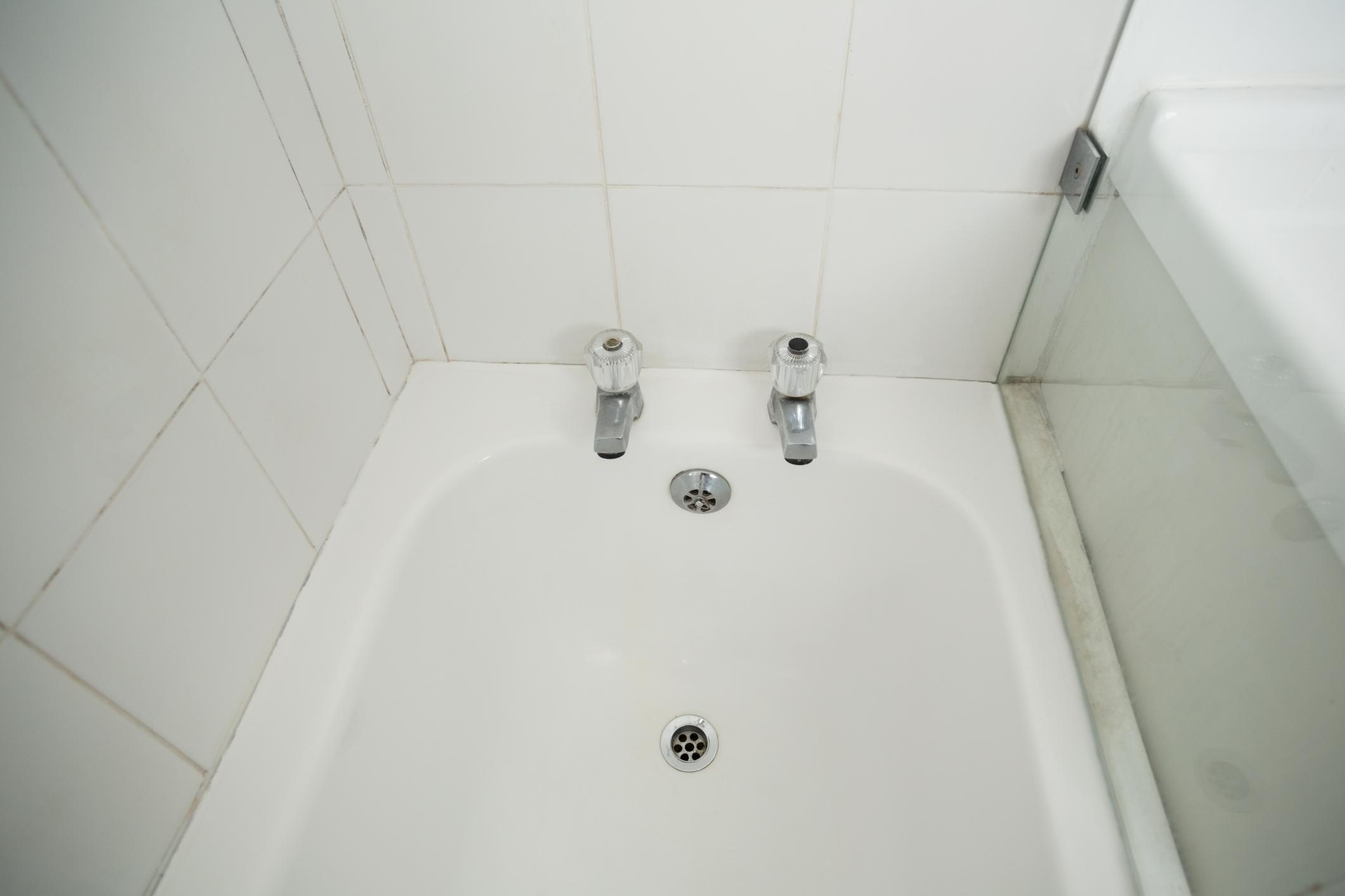 Bathtub Plumbing Services in North Bay